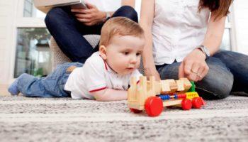 mengembangkan_imajinasi_anak